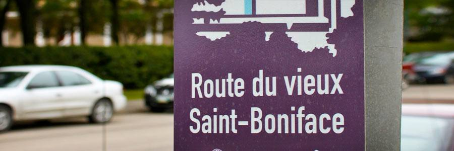 A french street sign in St. Boniface in Winnipeg, Manitoba