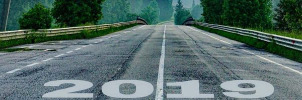 Road with 2019 as starting line
