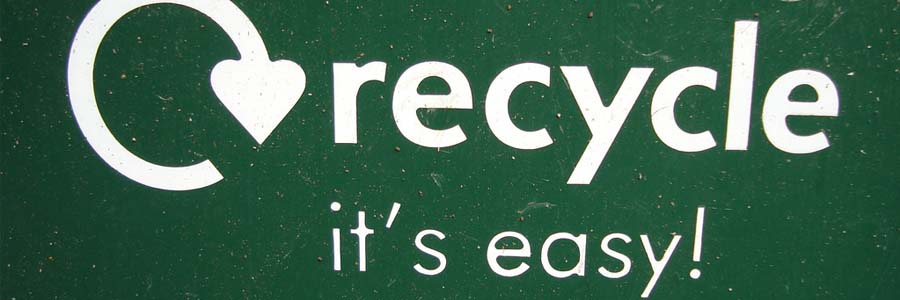 """Recycle, it's easy"" sign"